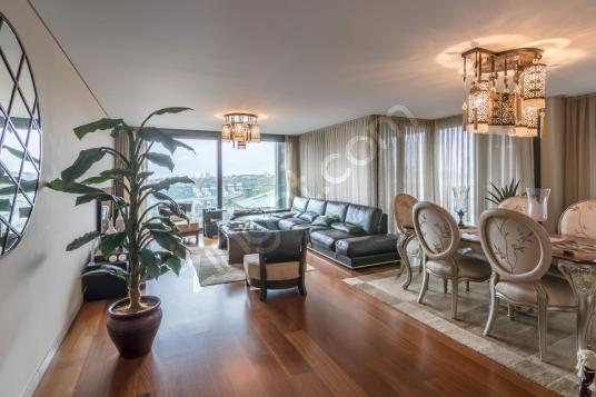 Ulus Savoy, Girişe Yakın ,Özel Dekorasyonlu, Geniş Balkonlu