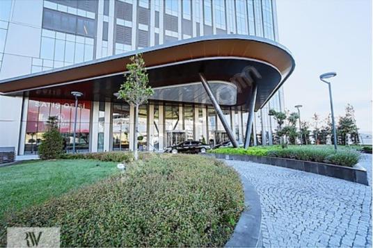 Skyland Kiralık Ofis 261 m2 Dekorasyonlu ve Boğaz Manzaralı - undefined
