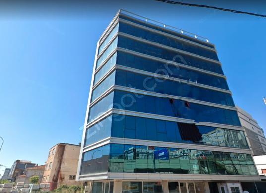 Maltepe de Kiralık Ofis Katı - Dış Cephe