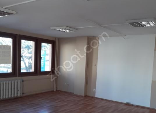 Kadıköy Kozyatağı BAYAR CAD E5  Kiralık Ofis Katı  145m2