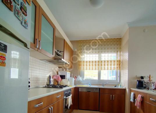 Karşıyaka Yüksek Vadi Evleri'nde Körfez Manzaralı 3+1 - Mutfak