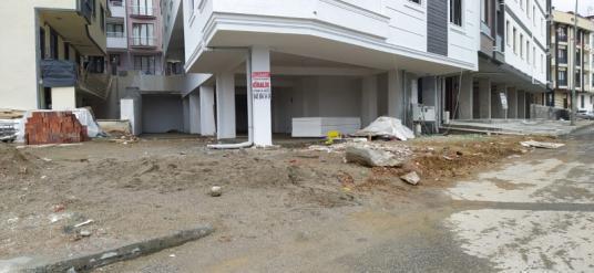 Çekmeköy Merkez'de Kiralık Dükkan / Mağaza