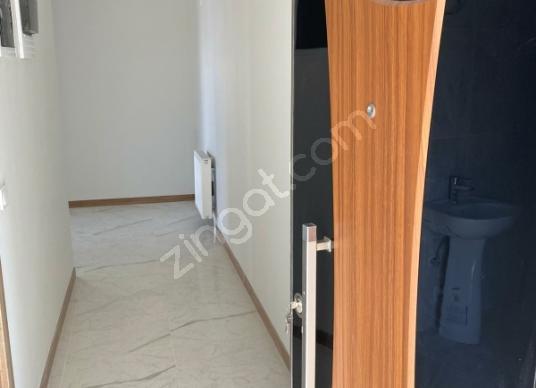 Battalgazi Akpınar'da ofis büro 2+1ćevreyoluna  işyeri satılık - Antre Hol