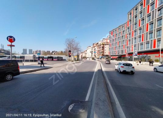 eyüpsultan alibeyköy ana cadde üzeri 3+1 metro ve tranvaya yakın - Sokak Cadde Görünümü