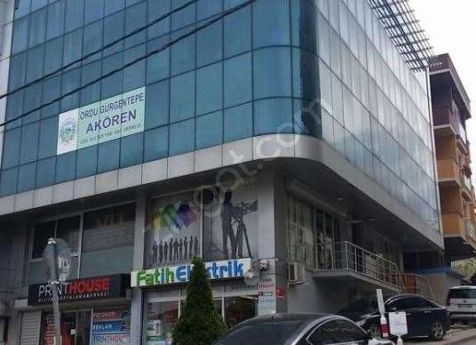 Sancaktepe Sarıgazi Atatürk Caddesi Üzerinde Kiralık Ofis-Büro