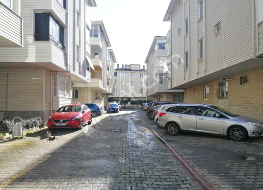 TUZLA YAYLA MAHALLESİ NEZİH SİTE İÇİ SATILIK DAİRE 3+1 (140m2) - Sokak Cadde Görünümü
