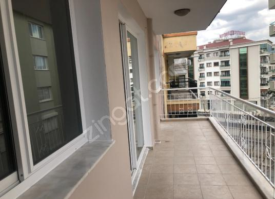 Karşıyaka Yalı  Mahallesinde Satılık 3+1 Lüx Daire - Balkon - Teras
