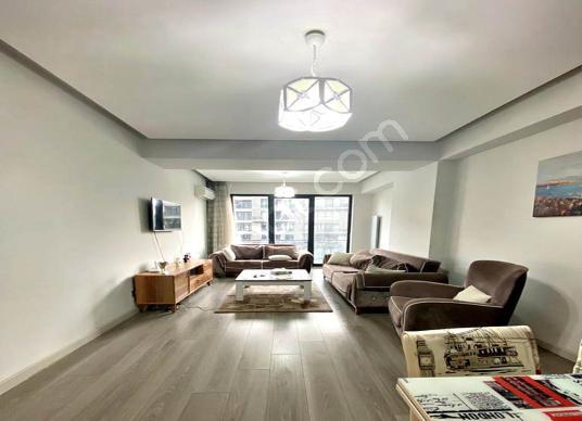 METROBÜSE YAKIN SİTE İÇİ 2+1 SATILIK DAİRE  شقة للبيع على الموقع - Oda