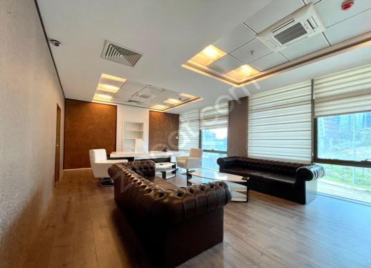 Maslak Eclipse Kiralık Şık Eşyalı 178m2 Bölünmüş Ofis /For Rent - Salon