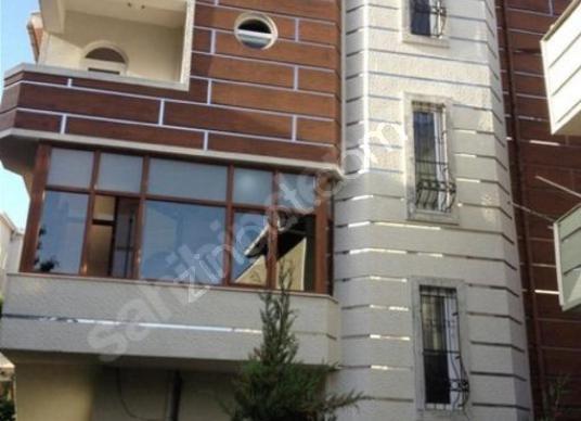 Arnavutköy Fenertepe Villalarında Havuzlu Satılık 5 Katlı Villa - Dış Cephe