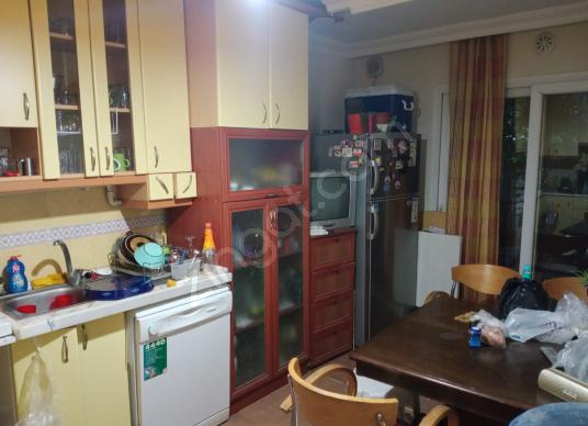 TURGUTLU  CUMHURİYET  MAH, DE SATILIK  DAİRE - Mutfak