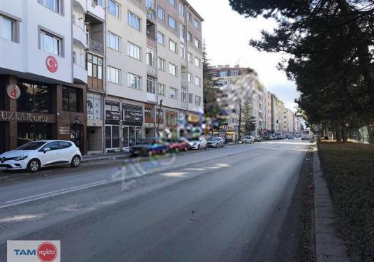 TAM NOKTA ESKİŞEHİRDEN BASINŞEHİTLERİ CAD KİRALIK İŞ YERİ - Sokak Cadde Görünümü