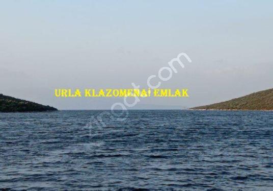 Urla'da Denize Sıfır Satılık. Tarla, 3.021 m2, SİT / Emsalsiz - Manzara