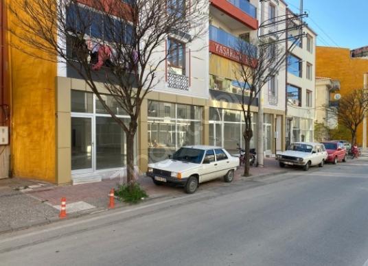 Uşak,fatih mah,kazim karabekir caddesi  üzerinde zemin 558m2+240 - Sokak Cadde Görünümü