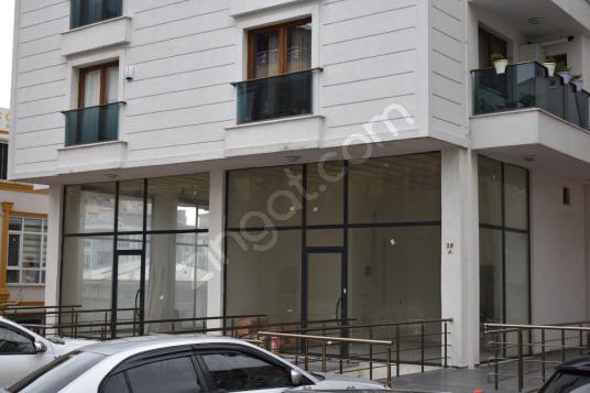 Elalmış Caddesine 3. Binada 320m2 Kiralık İskanlı Depolu Dükkan
