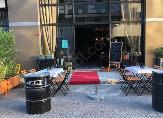 ŞAHANE FIRSAT KADIKÖY'DE HAZIR 3 KATLI CAFE RESTORAN - Balkon - Teras