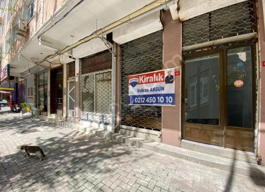 Siyavuşpaşa Ulubatlı Hasan Caddesi'nde 35m2 Dükkan - Balkon - Teras