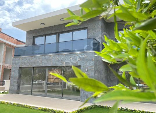 TT Emlak Marmaris Yeni Datça Yolu Üzerinde Kiralık Ofis - Dış Cephe