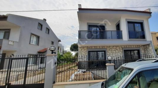 Urla Çamlıçay da Satılık Tam Müstakil Lüks Villa - Dış Cephe