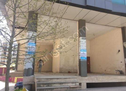 Çekmeköy Taşdelen'de Dap Yapı'nın karşısında ana cadde üzeri - Dış Cephe