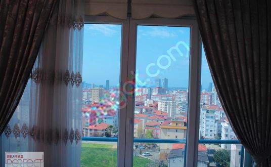فروش آپارتمان۳خوابه بامنظره دریاSatılık daire3+1Deniz manzaralı - undefined