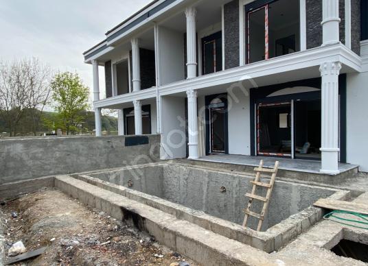 Şile Çavuş Mahallesinde Merkeze Yakın Sıfır 3+1 Havuzlu Villa