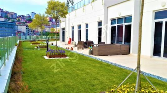 Sarıyer Maslak'ta Bahçeli 2+1 Satılık Rezidans - Site İçi Görünüm