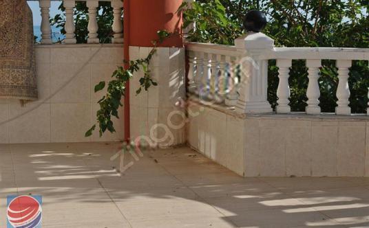 Silivri Semizkum'da 450 M2 Arsa İçinde Satılık Müstakil Villa
