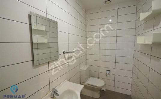 Merter Prestijli Binada 300m2 Kiralık Ofis - Tuvalet