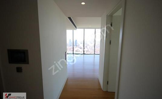 İstanbloom Residence 2.5+1 270M2 Teras Kullanımlı Lüks Ofis
