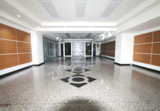 İstoç Oto Ticaret Merkezinde Kiralık Plaza Katları Komisyonsuz - Oda