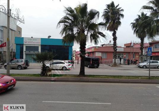 Adana Yüreğir'in merkezinde Hastane inşaat onaylı 4962 MT arsa - Sokak Cadde Görünümü