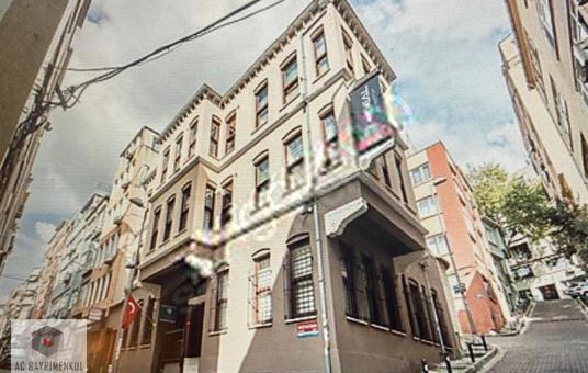 Beşiktaş'ta 1000m2 Komple Satılık Bina - Dış Cephe
