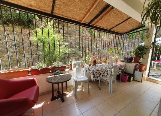 Liem'den Satılık Giriş Kat Bahçeli 2+1 K.Mutfak Daire - Balkon - Teras