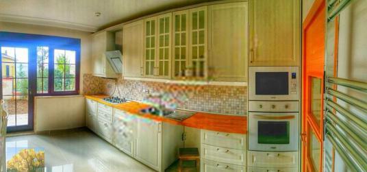 SARIYER MADENDE 675 M2KULLANIMLI 610 M2 BAHÇELİ VİLLA - Mutfak