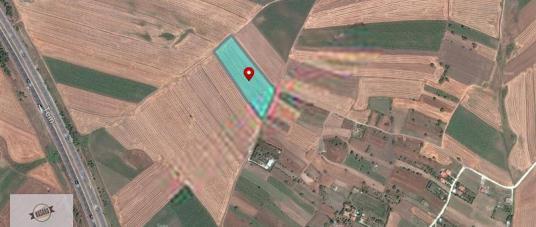 Seymen bağlarda çift taraftan yol cepheli tarla - Harita