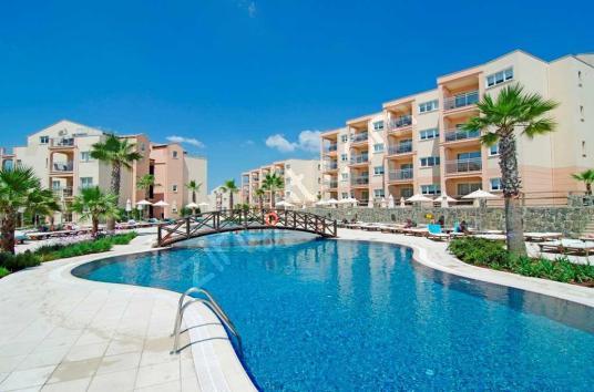 Kuşadası Golf & Spa Resort'ta 2+1 Evlerimizde Tatil Keyfi - Yüzme Havuzu