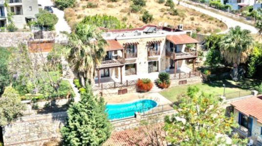 Bodrum Bitez'de Tam Mustakil Taş Villa