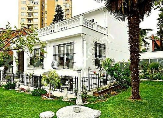 Levent altzeren sokak ta 450 m2 kiralık villa