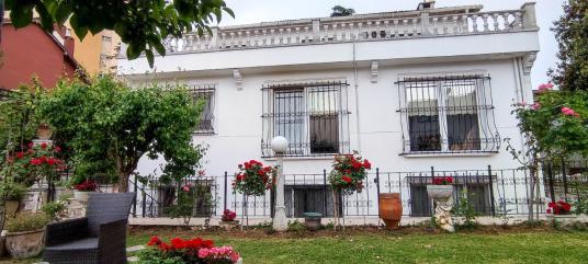 Leventte caddeye yakın 5+2 450m2 satılık villa - Dış Cephe