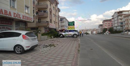 TOPÇU'DA CADDE ÜZERİNDE YAPILI 1.KAT 140 M2 DOĞU-GÜNEY CEPHE - Sokak Cadde Görünümü