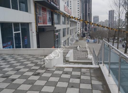 ADİLE NAŞİT BULVARINA CEPHE 100M2+50m2 BAHÇELİ SATILIK İŞYERİ - Balkon - Teras