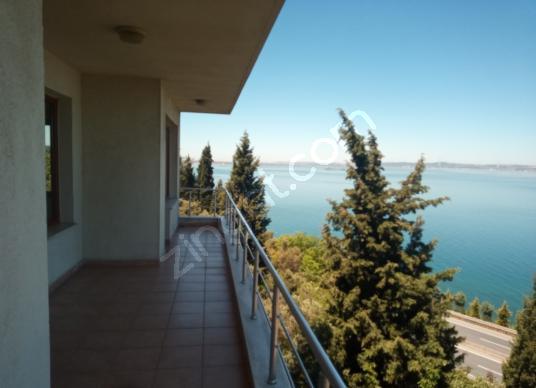Muhteşem Deniz Manzaralı Satılık Daire - Balkon - Teras