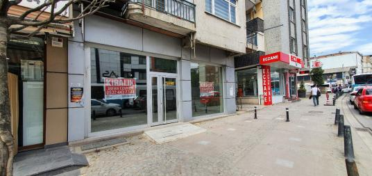 Ümraniye, Mithat Paşa Caddesinde 120m2 Kiralık Dükkan veya Mağza - Sokak Cadde Görünümü