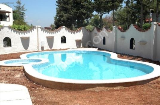 Erdemli Kargıpınarında Satılık Villa - Yüzme Havuzu