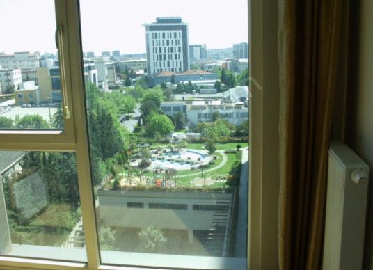 Bağcılar Güneşli vegüneşli residence peyzaj manzaralı eşyalı 1+1 - Balkon - Teras