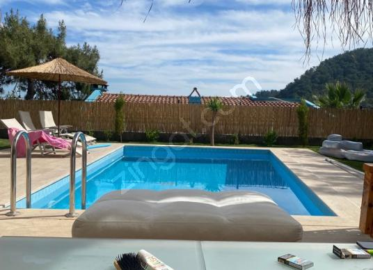Marmaris'te Müstakil Havuzlu Kiralık 3+1 Muhteşem Eşyalı Villa - Yüzme Havuzu
