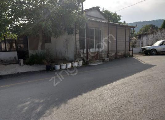 MENDERES ÇATALCA DA CADDE ÜZERİ SATILIK EV'Lİ ARSA - Sokak Cadde Görünümü