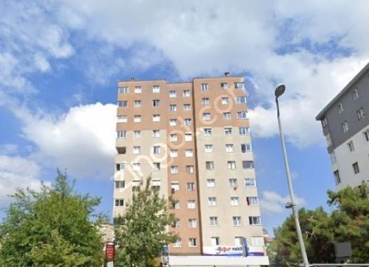 Ataşehirde Cadde Cepheli Kiracılı Yatırımlık Dükkan - Dış Cephe