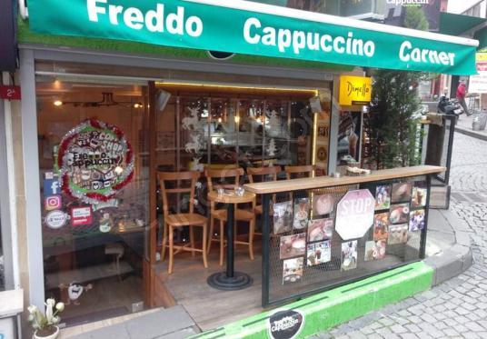 Beşiktaş Meydanda Depolu Kiralık Cafe Dükkan - undefined